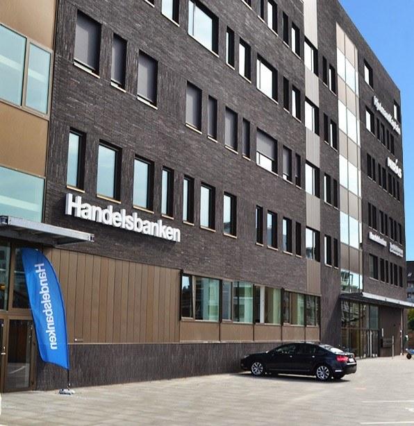 Handelsbanken facade - Handelsbanken